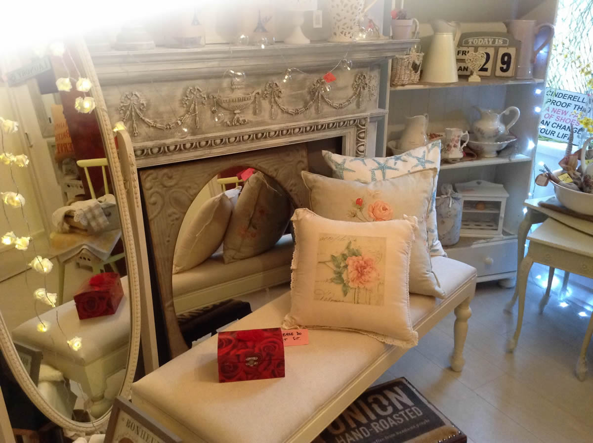 Pinki red shabby chic furniture accessories lymington Trendy furniture shops